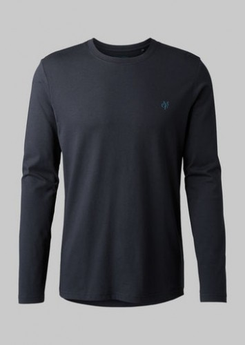 langärmliches T-Shirt