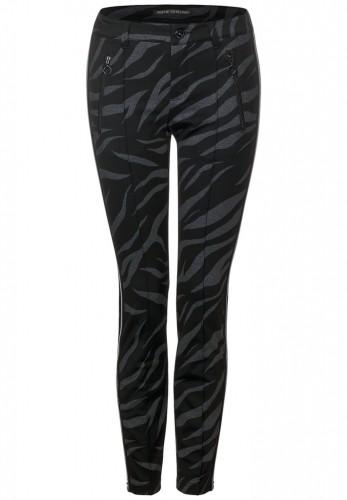 Hose mit Zebramuster